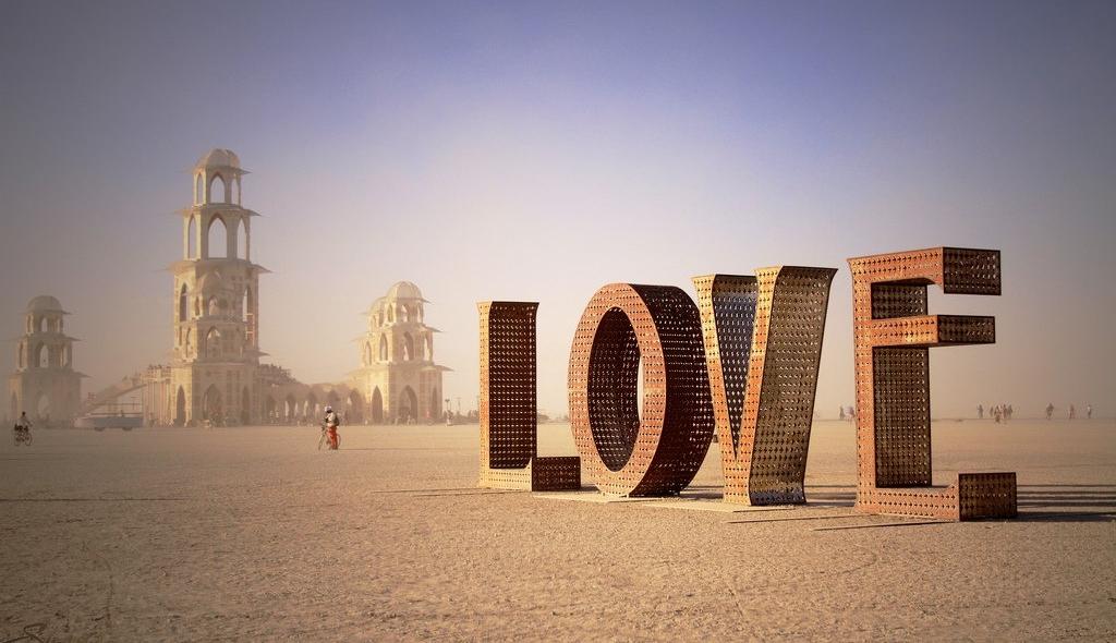 Burning Man Love Sculpture (Photo)