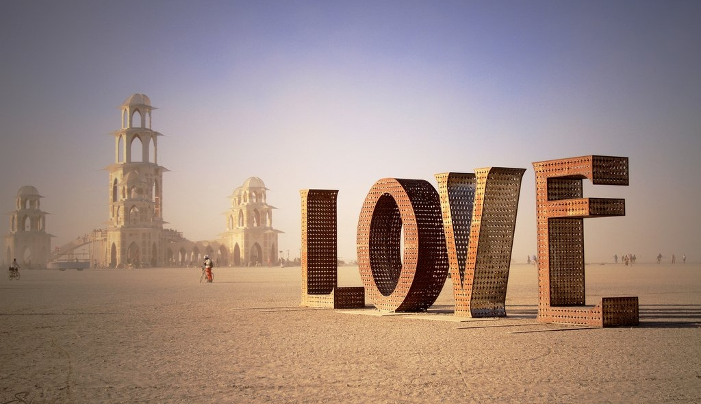 Burning Man Love Sculpture (Photo)